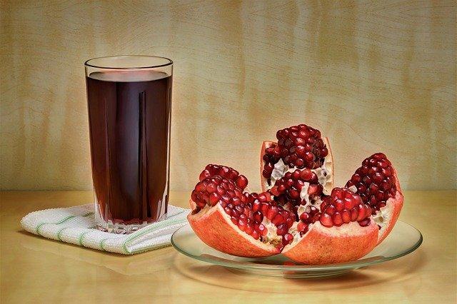 Come conservare il succo di melograno: ecco i metodi ed altre informazioni sulla bevanda