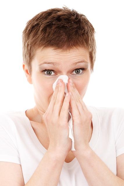 Mal di testa da allergia: può essere davvero un sintomo? Cosa fare?
