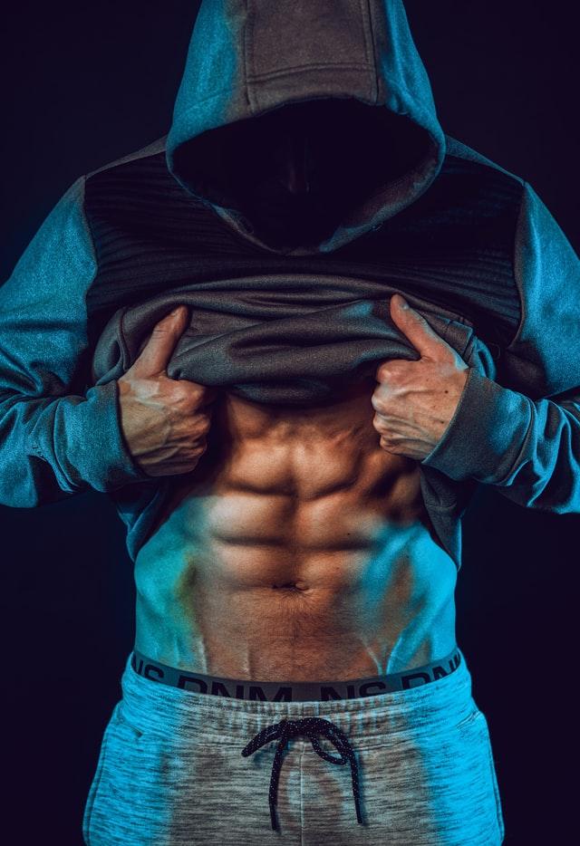 Tartaruga muscoli: ecco gli esercizi migliori per ottenerla ed altri consigli